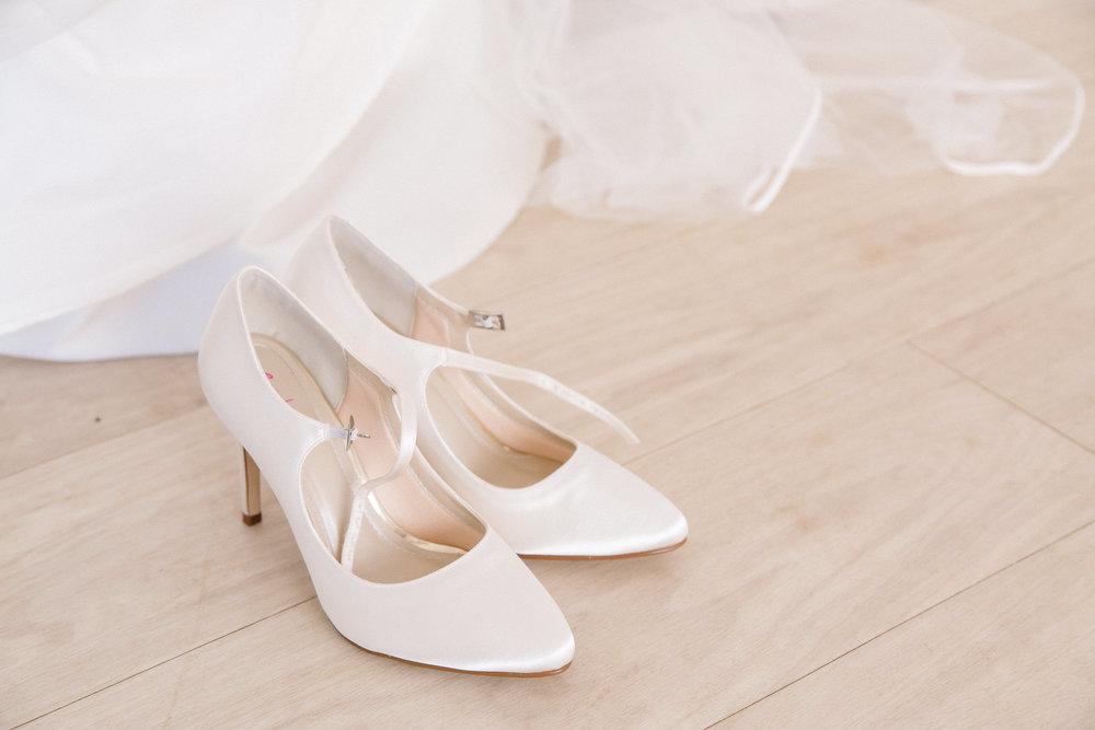 rebecca-rob-wedding-8.jpg