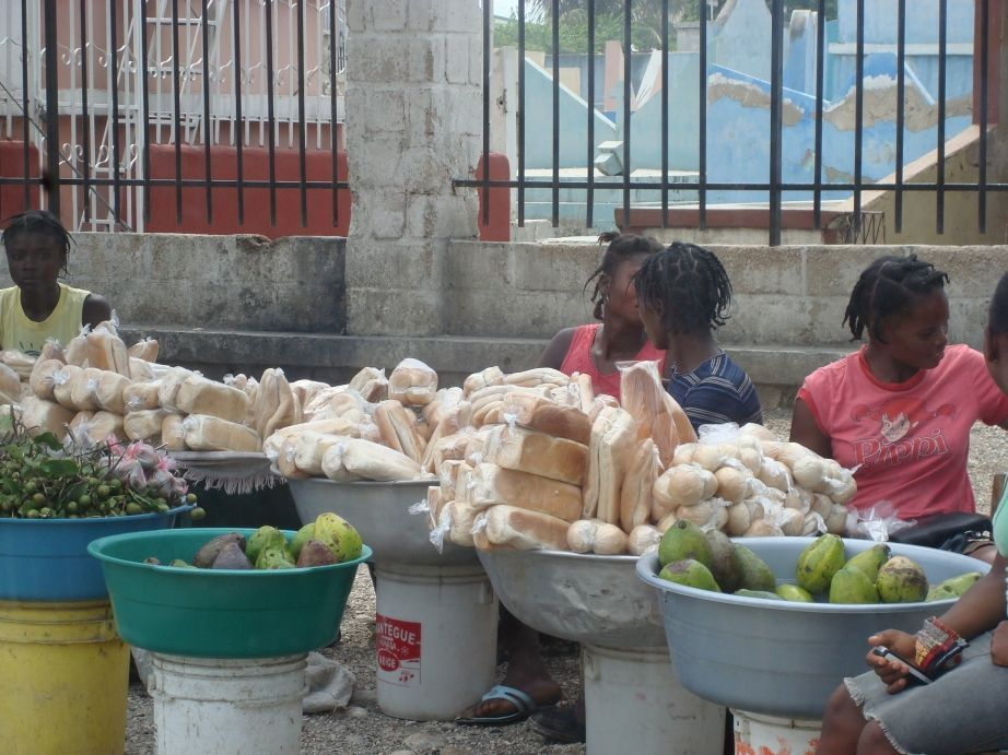 haiti august 2008 local bread store.jpg