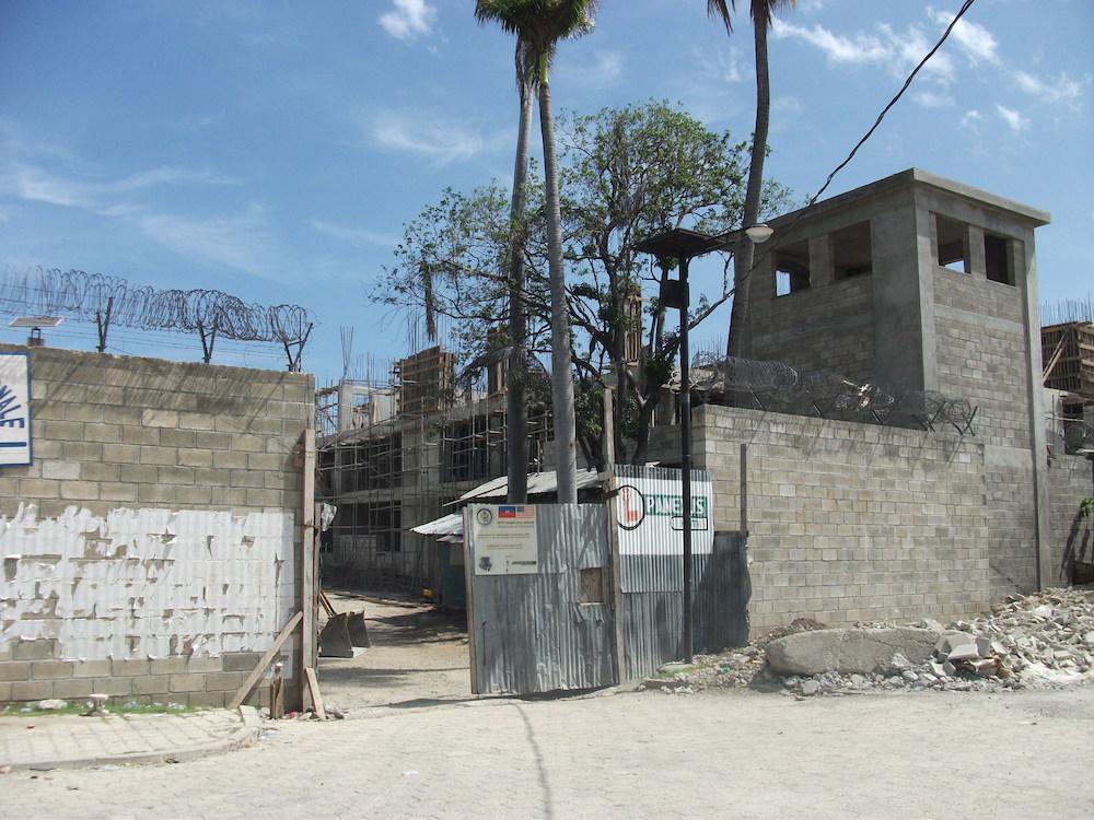 Prison under construction.jpg
