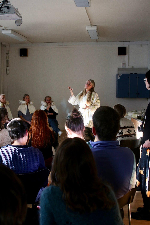Eva Bakkeslett & Hannah Mjølsnes: 'Fits Facial Interspecies Transcultural Salon'