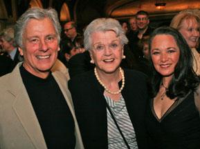 Kurt, Angela Lansbury, Victoria