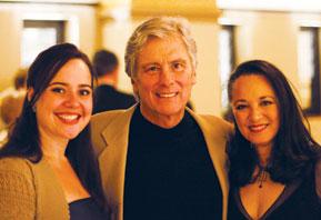 Stephenie Skyllas, Kurt, Victoria