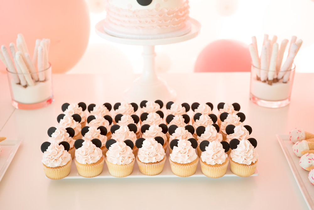 Minnie Cupcakes (1 of 1).jpg