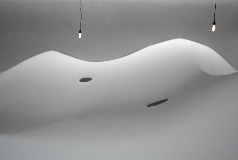 (2013)  Installation
