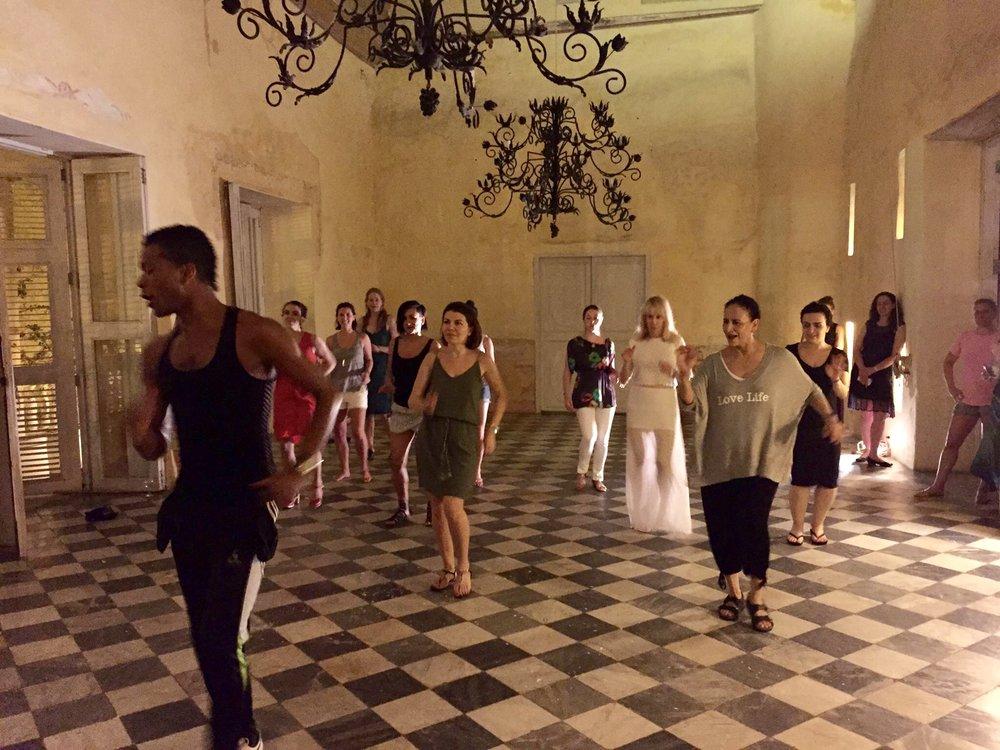 Dancing-Cartagena-Localinstructor.jpg