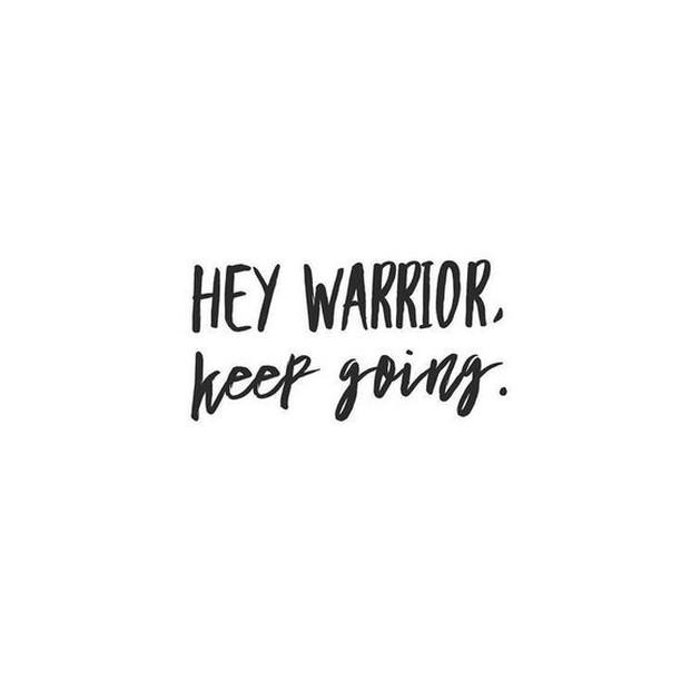 Bon Jeudredi guys!!! La semaine est presque finie! . . .  #yogaquotes #yogalife #warrior #fun #jeudredi #almostdone #jeudi #thursdays #yoga #yogajok