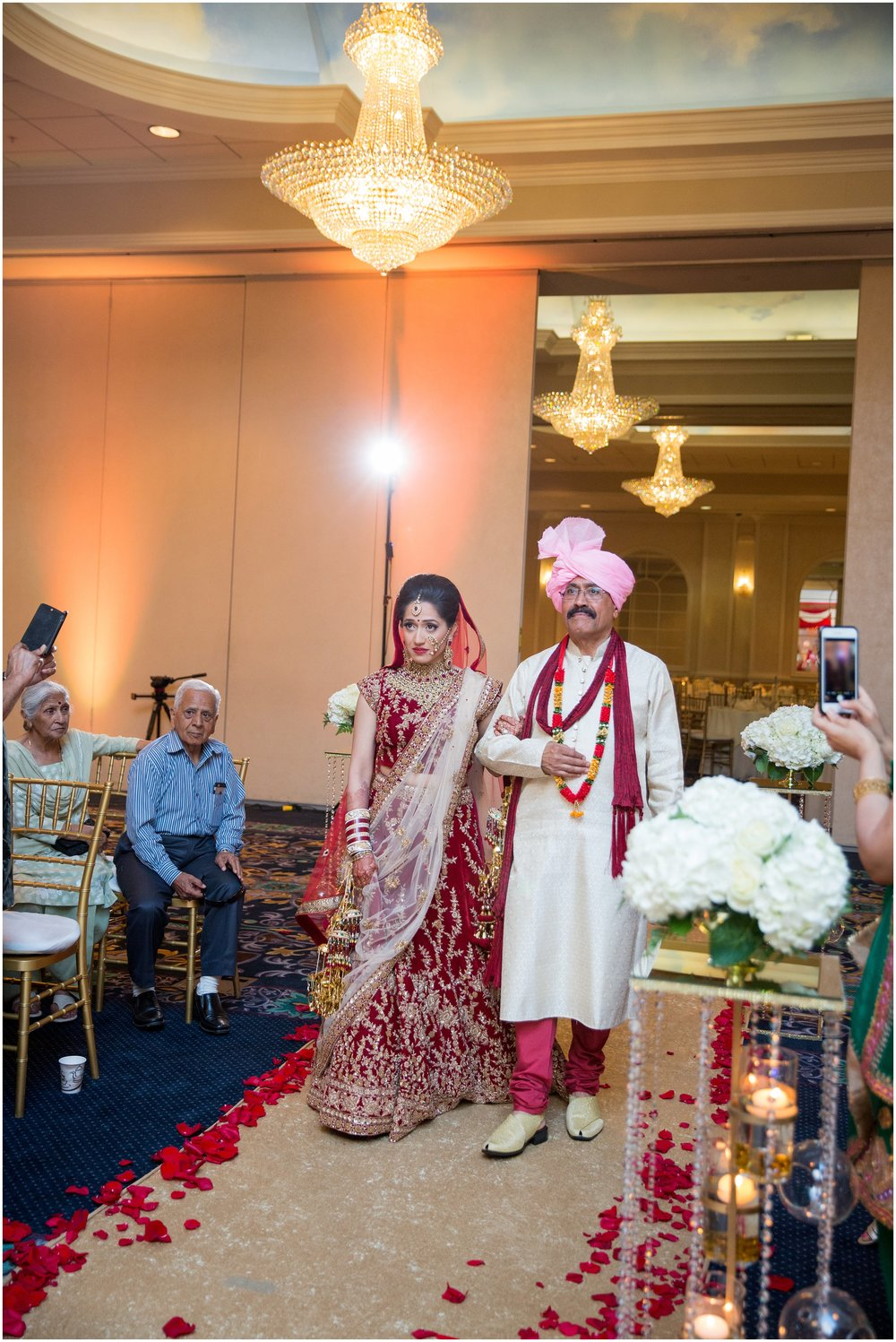 Le Cape Weddings - South Asian Wedding in Illinois - Tanvi and Anshul -9264_LuxuryDestinationPhotographer.jpg