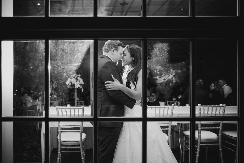 LeCapeWeddings - Suburbs Wedding -10.jpg