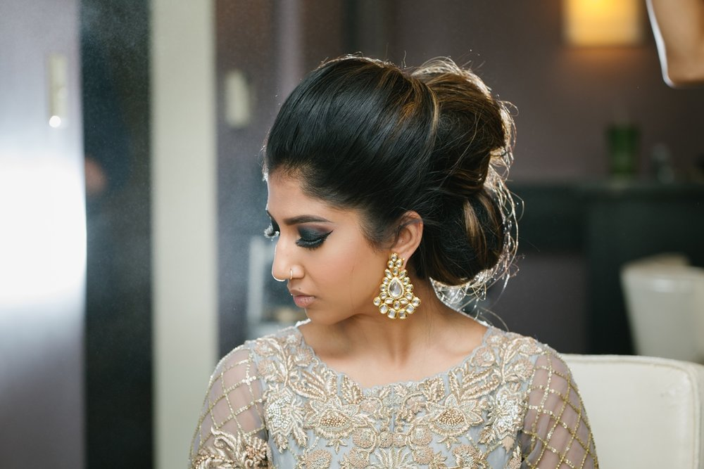 LeCapeWeddings_HibaandNevin_ThePalmerHouse Indian Wedding - Getting Ready-14.jpg