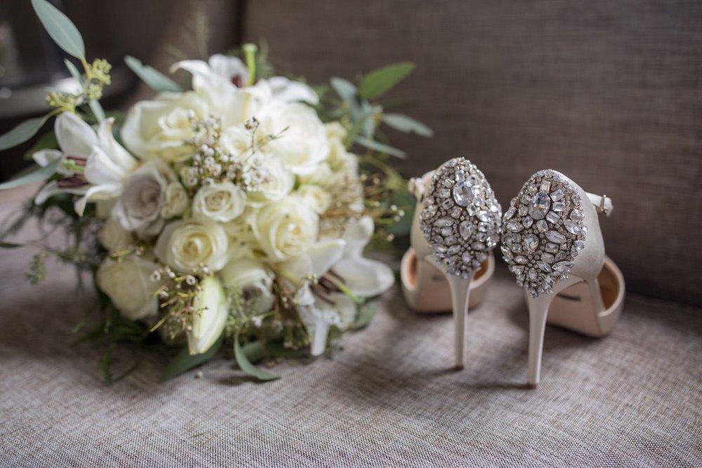 Le Cape Weddings - Laila and Anthony - Chicago Wedding - Bridal Details -2.jpg