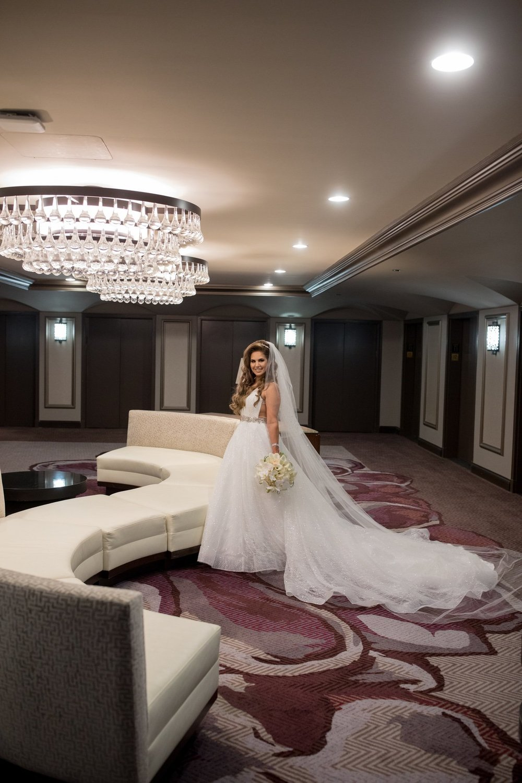 Le Cape Weddings - Laila and Anthony - Chicago Wedding - Bride Portraits -8.jpg