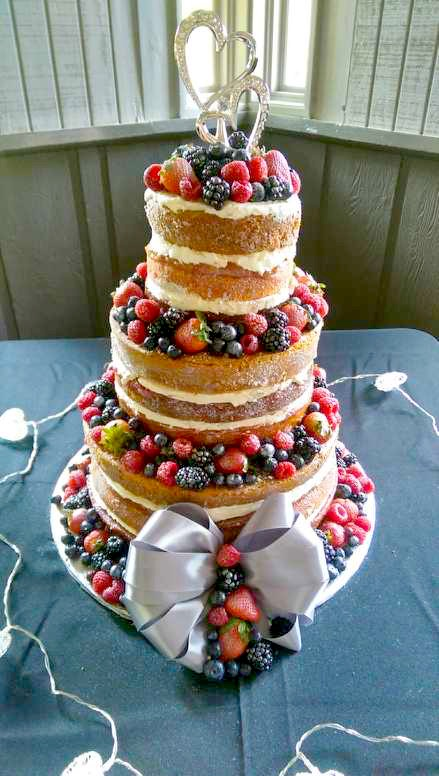 Naked Berry and Vanilla Citrus Cake with Frosted Berries