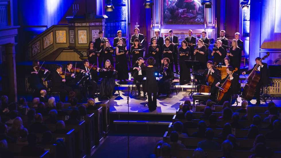 Vokal Nord og Pratum Integrum under Nordlysfestivalen. foto: Marius Fiskum for Nordlysfestivalen