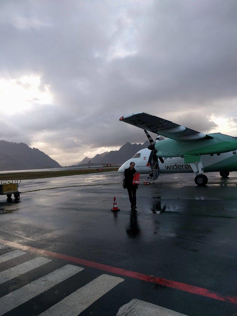 Vi tok fly til Svolvær!