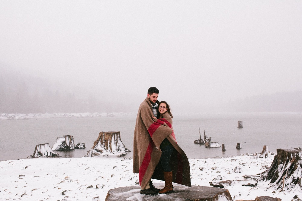 Engagement shoot at Rattlesnake Lake.