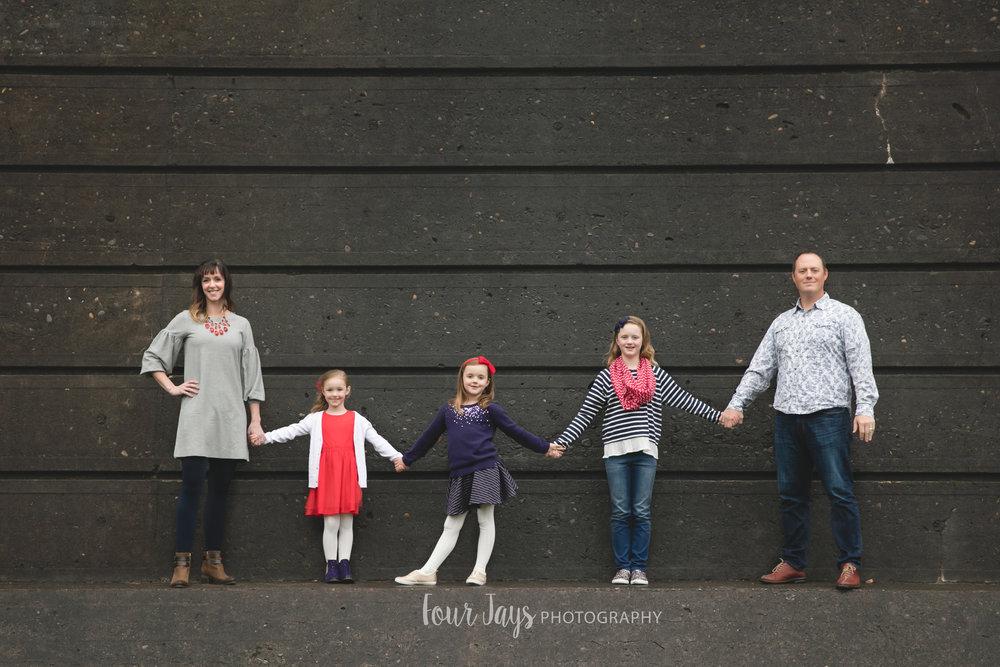 Best Outdoor Portland Family Photographer-1wm.jpg