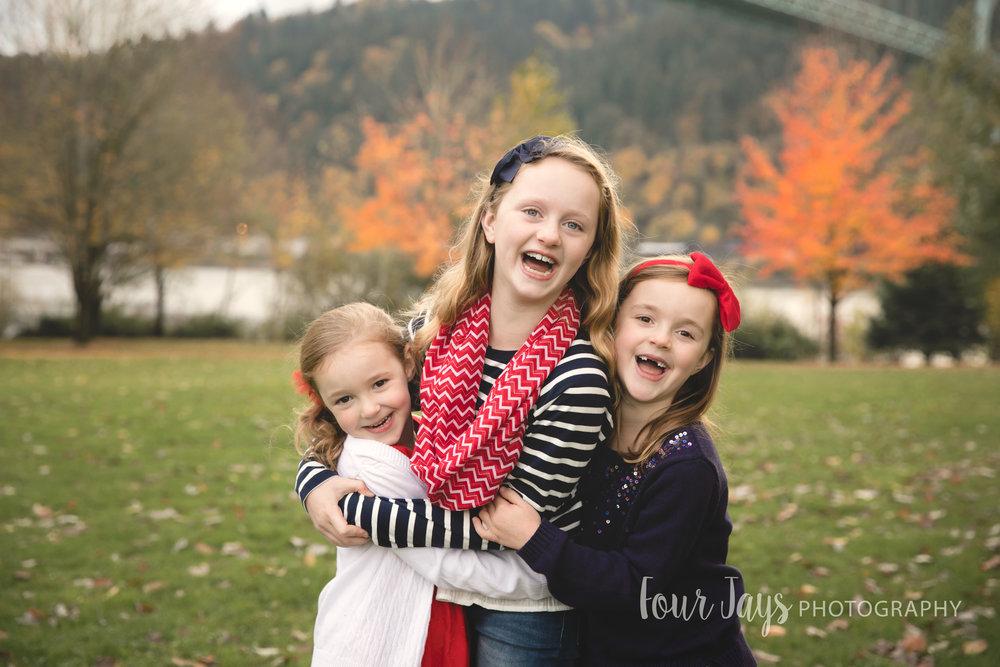 Best Outdoor Portland Family Photographer-3wm.jpg