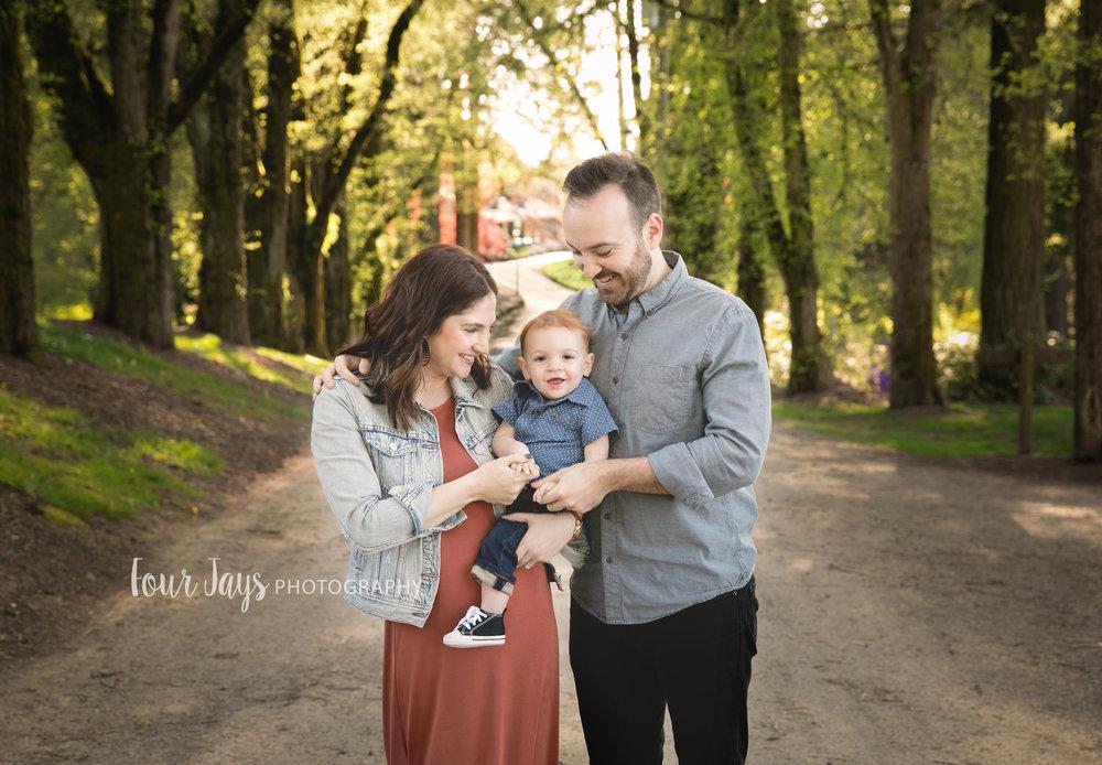 Best Outdoor Hillsboro Family Photographer-3wm.jpg