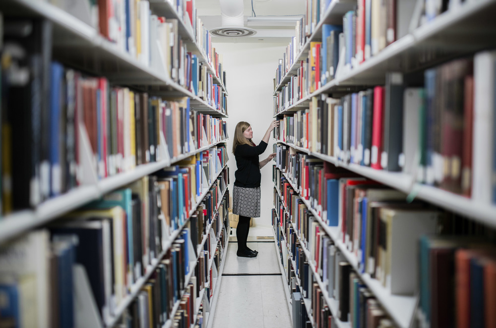 Smithsonian National Portrait Gallery Library Elsa Miller works at NPG's library in Washington, DC, Tuesday, Jan. 23, 2016. Smithsonian Institution has 20 different libraries through its network.