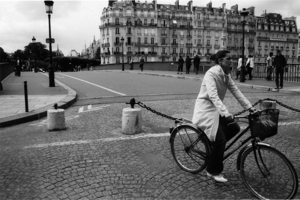 Paris: Commuter Cyclist