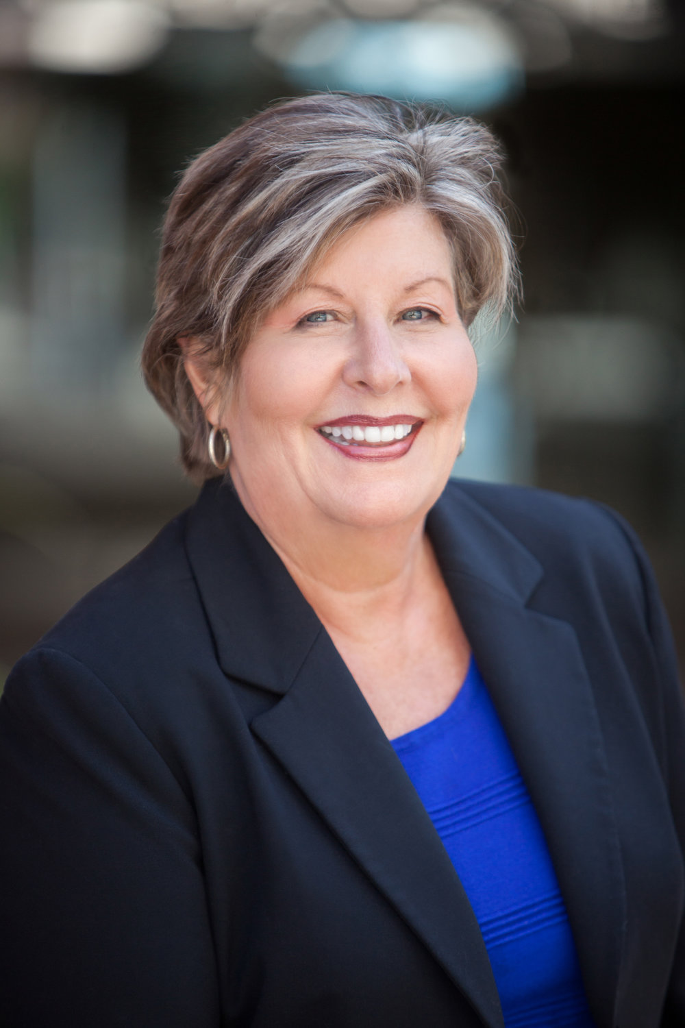 Merrill Lynch financial advisors and directors professional corporate headshot and team photography for women.