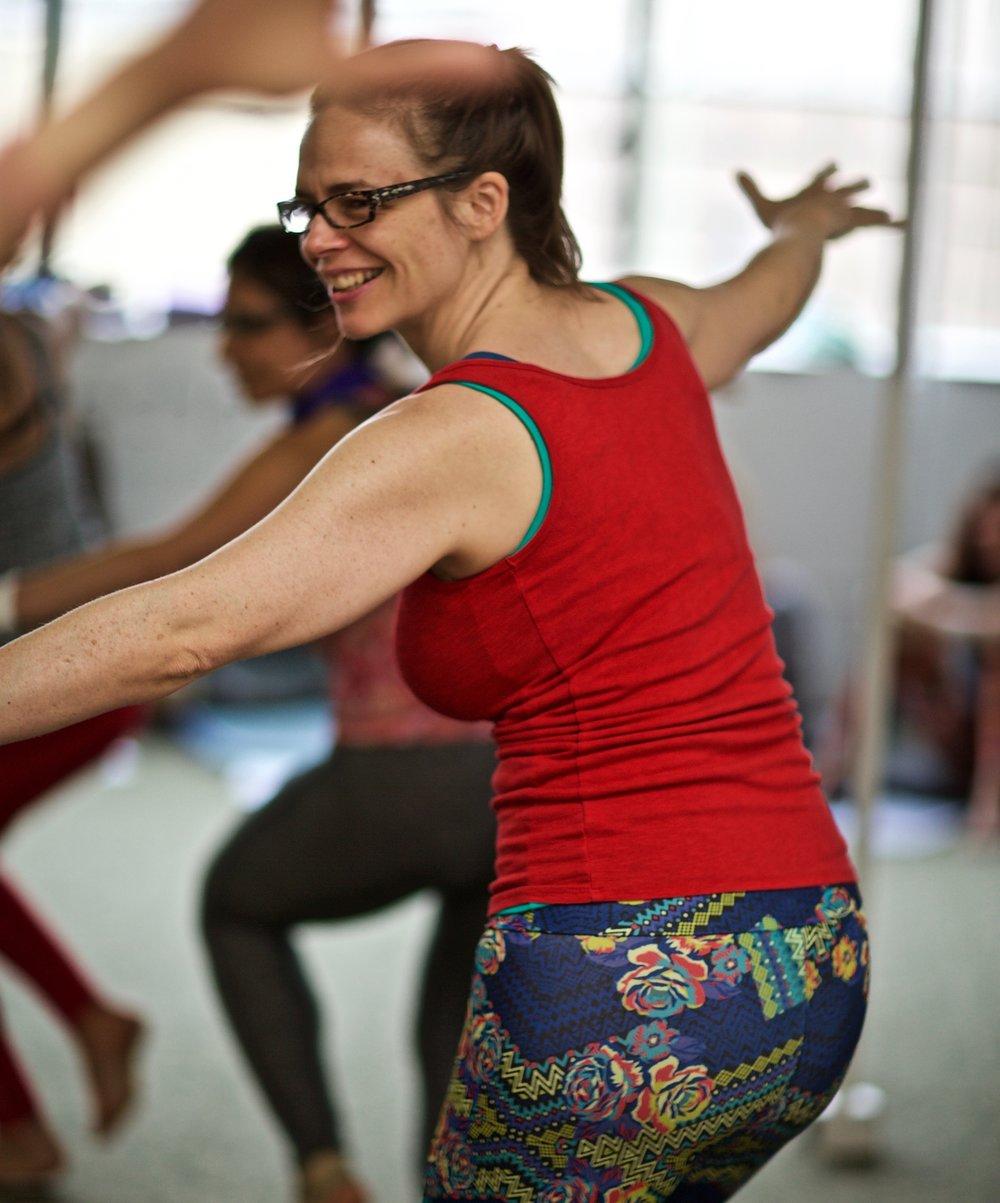 kiki dancing1.jpg