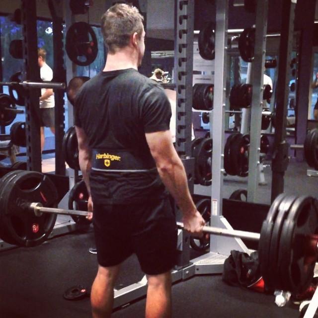 jonno-vegan-powerlifter-strength-without-cruelty
