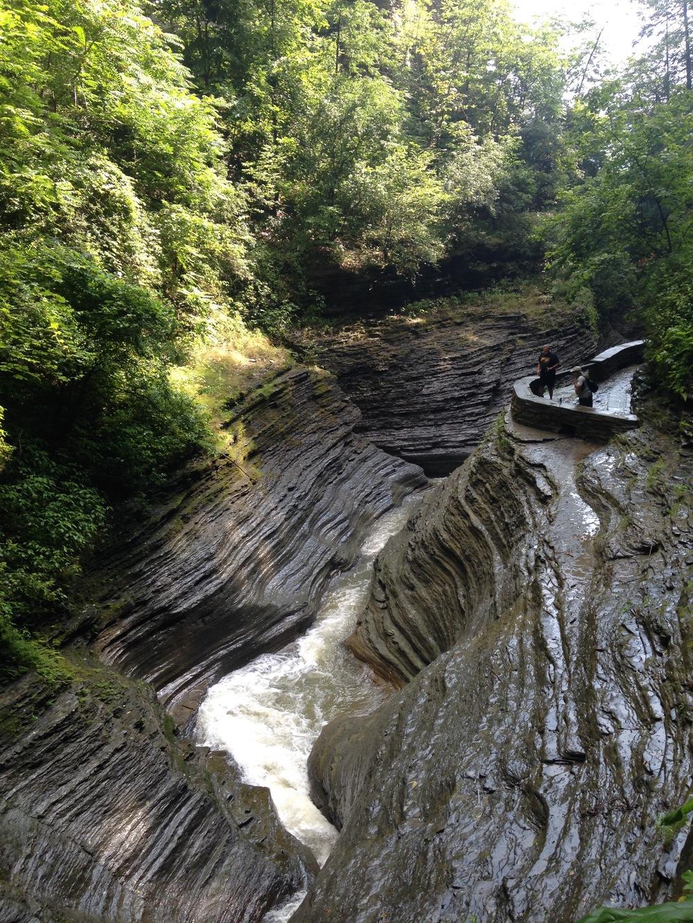 watkins-glen-state-park-ravine-water-flow