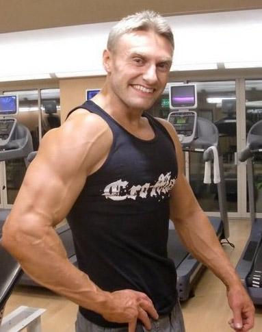 robert-cheeke-vegan-bodybuilder