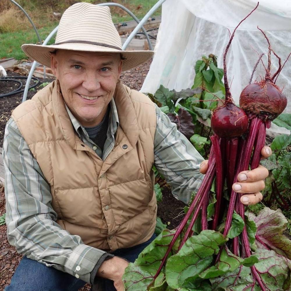 farmer-fred-detwiler-gardening-plant-smart-living