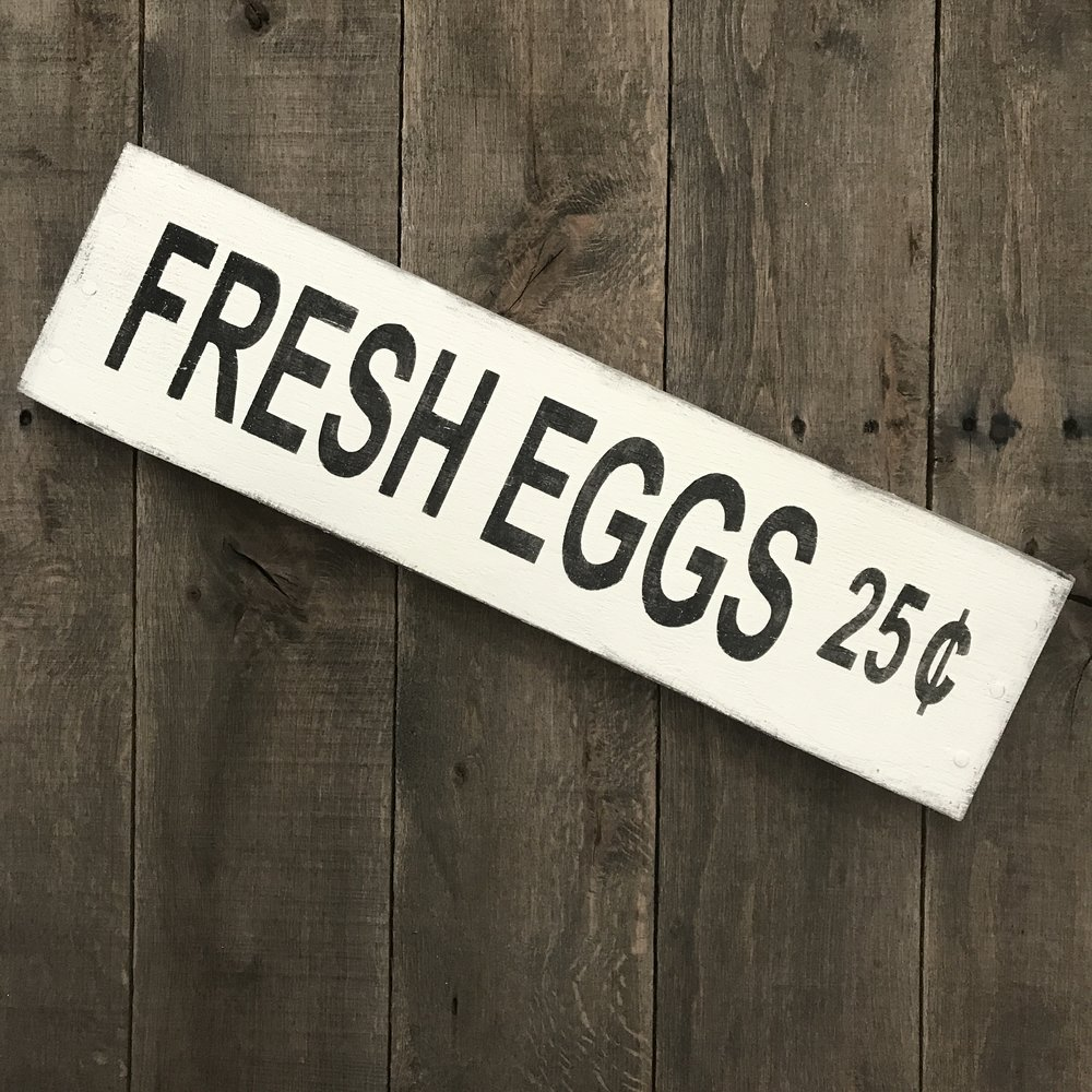 Fresh Eggs sign