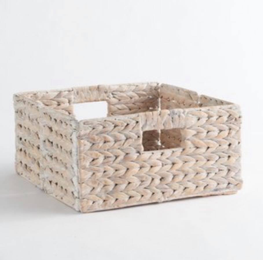 Simple folding basket