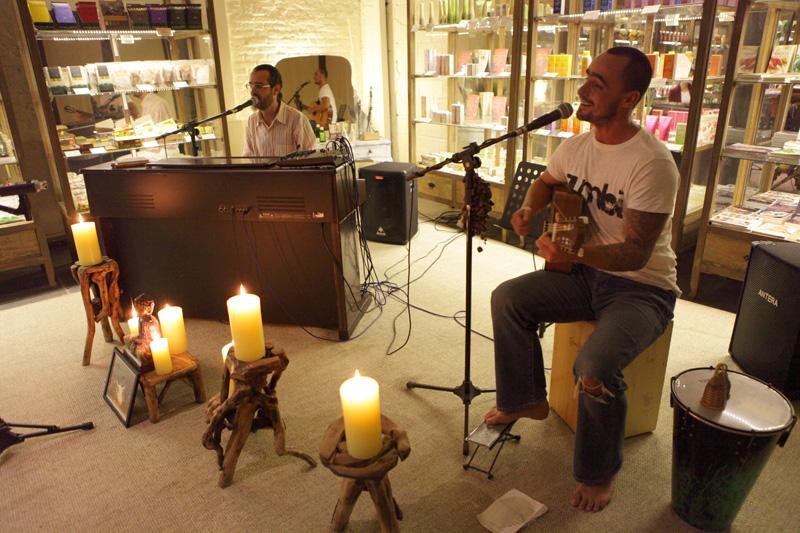 05/11/11 – Comemoração de um ano do Black Buda Namaste no Quintal dos Orgânicos – São Paulo, SP