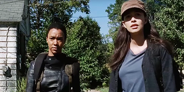 Sasha and Rosita on the Walking Dead