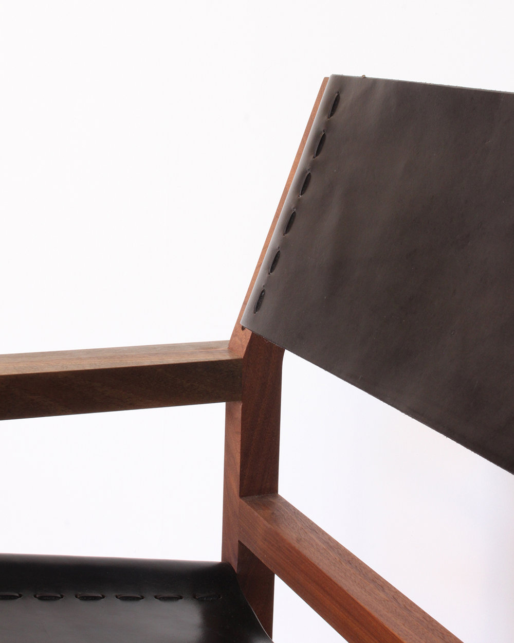walnut_lounge_chair4.jpg