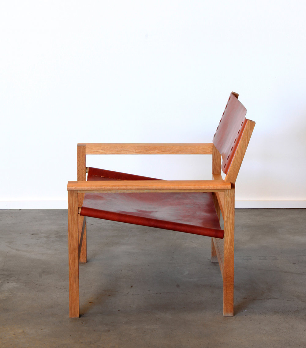 oak_lounge_chair2.jpg