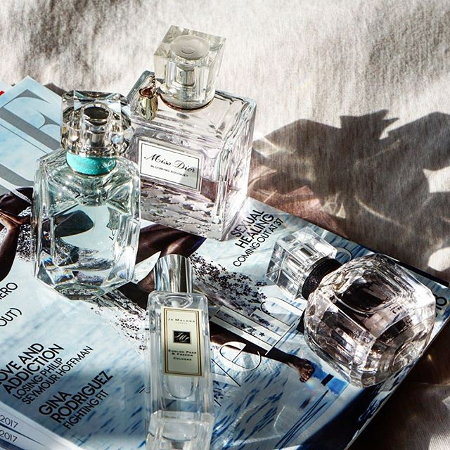 Look great and smell awesome this weekend ✨ #keytoradiance • • • • • #missdior #yslbeauty #jomalone #tiffanyandco #feelthelove #perfumes #scent #fragrance #beauty #beautynerds #beautygram #bbloggers #beautyinspo #beautyobsessed #makeup #sephora #saks #bloomingdales #lovelove #whatsthatsmell #pretty #cute #pursuepretty #flatlay #beautyflatlay #weekendvibes #saturdayfun #vanities @byrdiebeauty @the_file