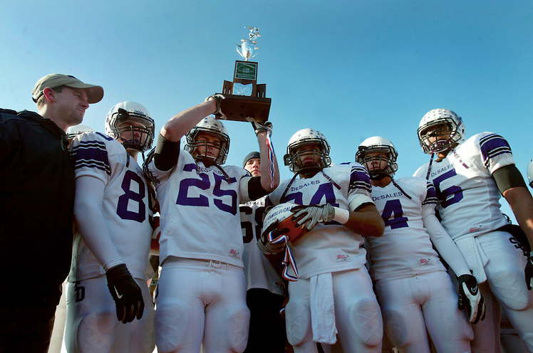 The Stallion defense lines up against Stuebenville in the DIII State Championship Game (photo credit - Barb Dougherty)