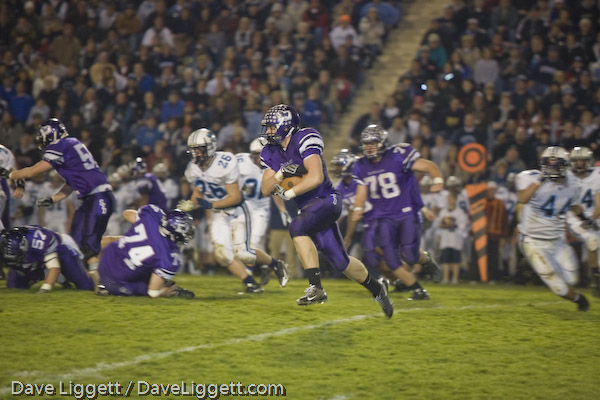 Josh Kusan (2) rushed for a career-high 211 yards to help the Stallions win the 2008 Region 7 Championship (photo credit - Dave Liggett)