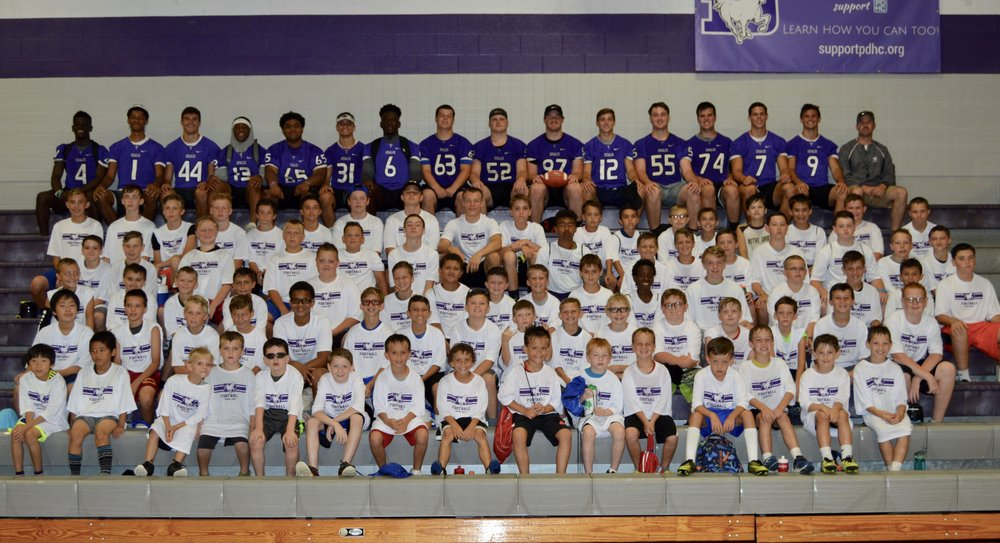 2017 SFD FOOTBALL YOUTH CAMP TEAM PICTURE