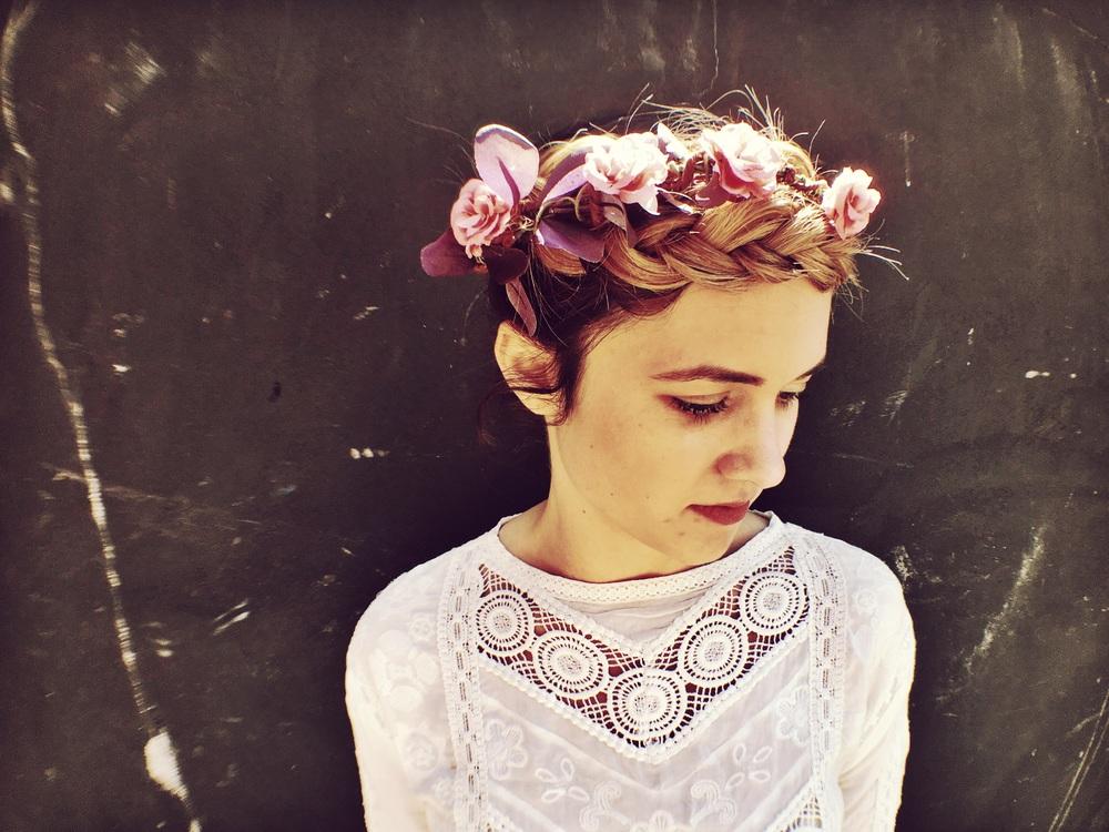 Flower Crown @theparlourunplugged @annaembryyy #hairbyannaembryyy
