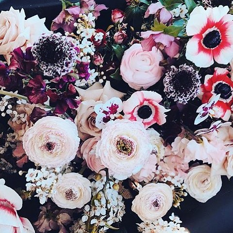 ❤️ Planning a wedding means I can waste lots of time on instagram looking at beautiful flowers... @boutierre_girls can do no wrong! . . . #flowers #floraldesign #floralstyling #boutierregirls #colourpalette #flowerinspiration #wedding #weddingplanning