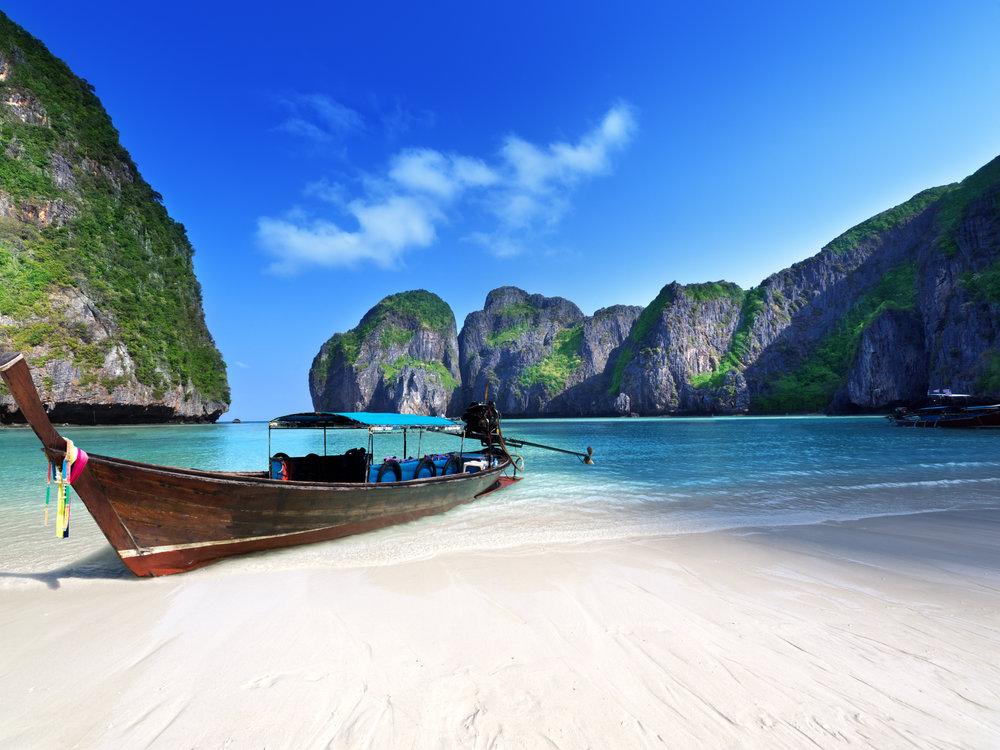 asia_thailand_trip_kohphiphidiving_banner_shutterstock.jpg