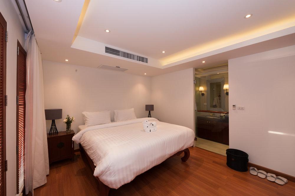 Guest Bedroom 5 (1).jpg