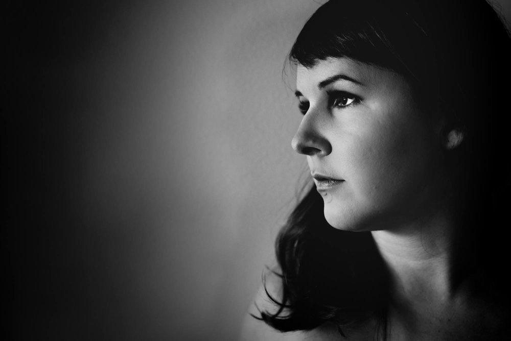 Athena Raypold, Freelance Writer. Photo//Kelly Marleau, Fiddleleaf Photography