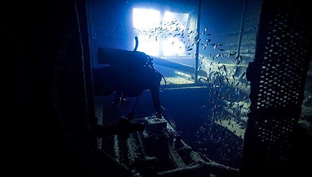 #sony #sunkenship #sonya7sii #diving #underwater