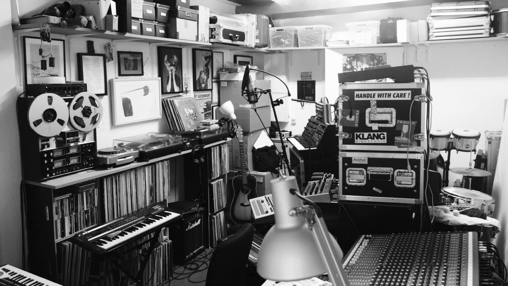 DENK ICH AN DEUTSCHLAND IN DER NACHT Ein Film von Romuald Karmakar, Deutschland 2017 Recherchephoto:Musikstudio Photo © 2016 RK / Pantera Film GmbH