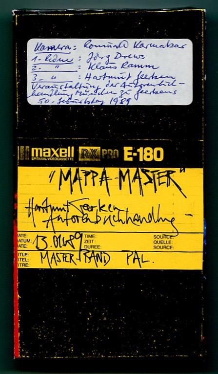 MAPPA MASTER – HARTMUT GEERKEN, AUTORENBUCHHANDLUNG   Ein Film von Romuald Karmakar,Deutschland 1989, 69 Min VHS-Cover des Masterbandes. Photo © 2017 Pantera Film GmbH