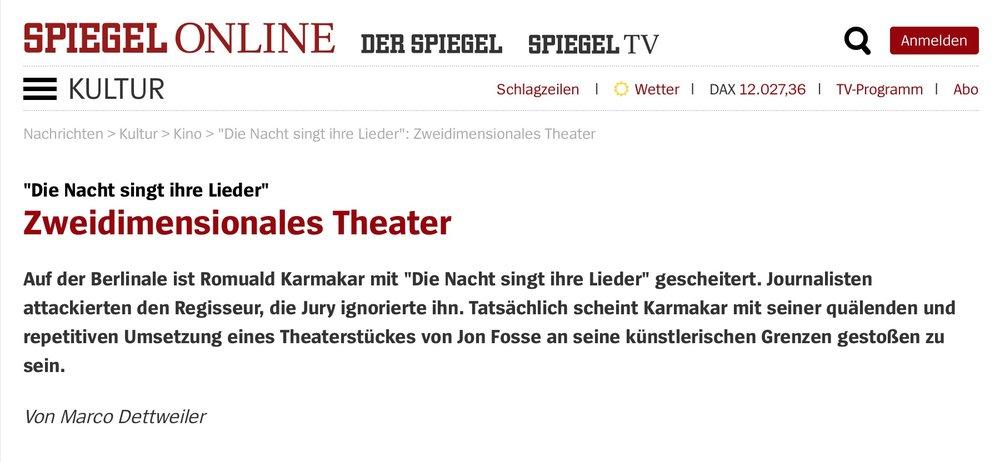 DIE NACHT SINGT IHRE LIEDER: Zweidimensionales Theater
