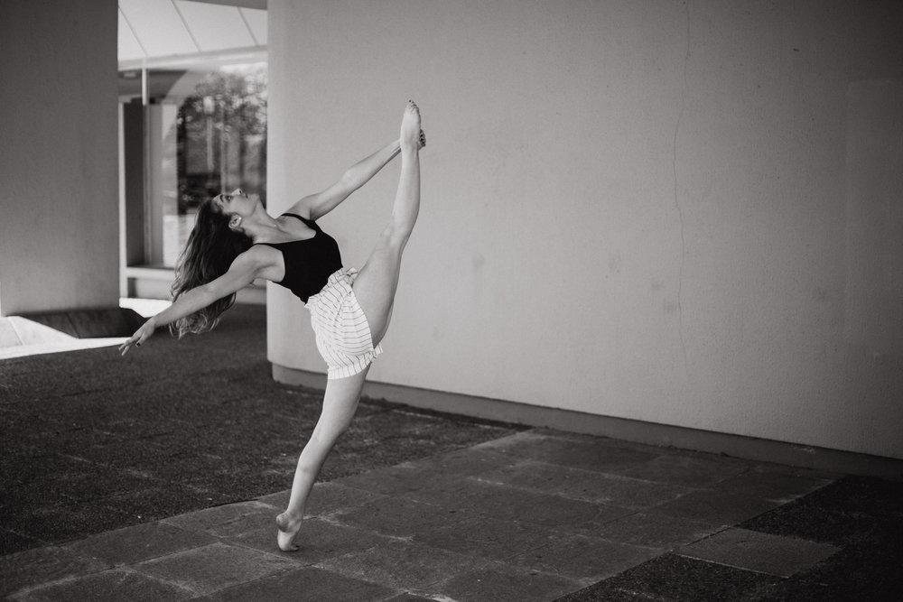 Portrait danseuse book Bordeaux shooting Mériadeck Photographe Pauline Maroussia P. Dordogne Aquitaine